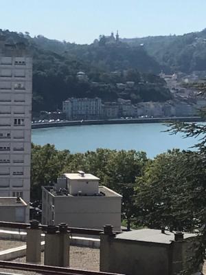 Appartement T4 traversant de 78 m² avec balcon