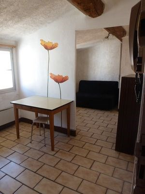 Location appartement Aix en provence 440€ CC - Photo 2