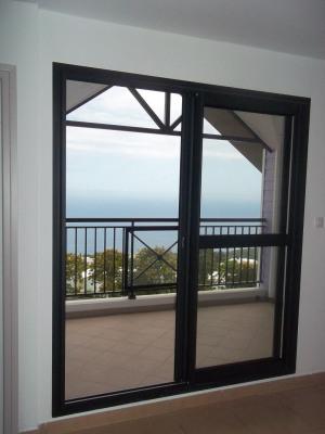 Appartement F2 duplex avec vue