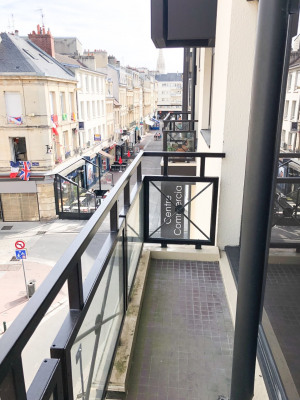 Appartement 2 pièces Hyper Centre - Res. Services
