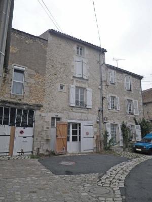 Maison de ville en pierre