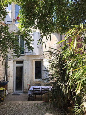 A vendre la rochelle maison centre ville 110 m²