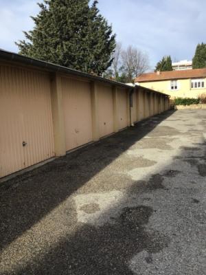 Garage à vendre Centre ville à pied