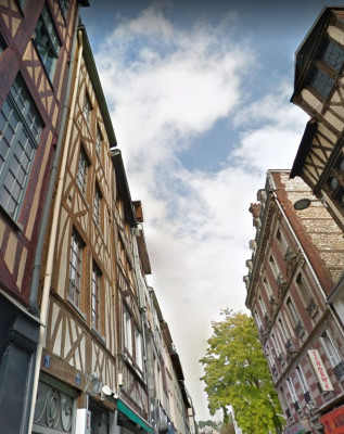 Investisseur F2 vendu Loué Rue Cauchoise (Place du Vieux Marché)