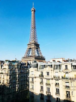 Appartement familial de 4 pièces vue Tour Eiffel et parking