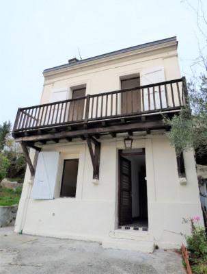 Maison 4 pièces, 117.40 m² - ASQUES (33240)