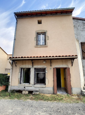Maison de village 4 pièces - la sauvetat - 10 mn sud clermont-fd