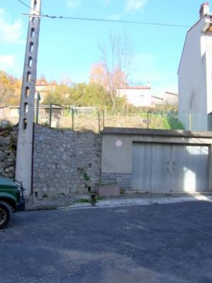 Parcelle constructible 556 m² et garage en sous-sol de 33 m²