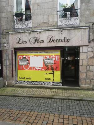 Local commercial Quimper 64 m²
