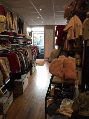 Houdan City Center Shop