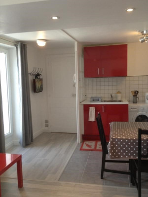 Renovated 1 bed apartment
