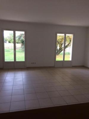 A vendre maison de 2006 Parfait état de 84 m² plus garage
