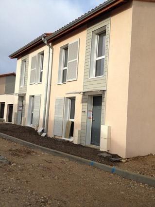 Location maison / villa La verpilliere 950€ CC - Photo 1