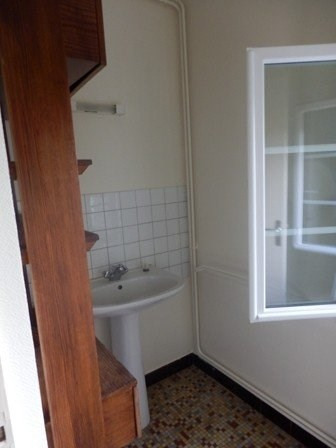 Location maison / villa Moroges 802€ CC - Photo 18