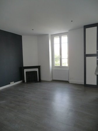 Location appartement Chalon sur saone 645€ CC - Photo 2