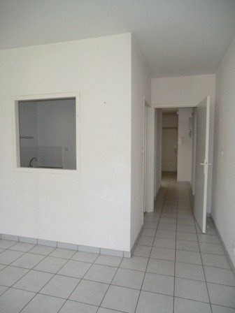 Rental apartment Chalon sur saone 415€ CC - Picture 1