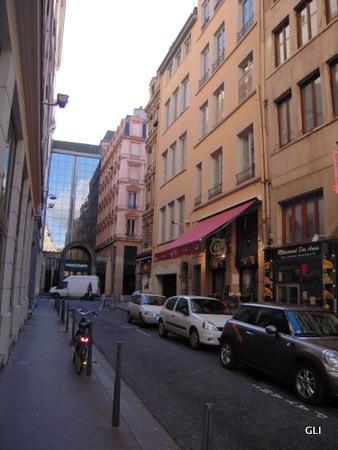 Location appartement Lyon 2ème 414€ CC - Photo 4