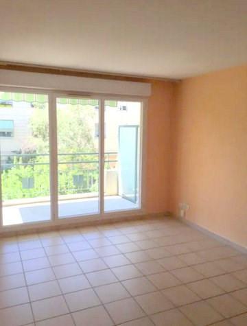 Rental apartment Lyon 3ème 673€ CC - Picture 2