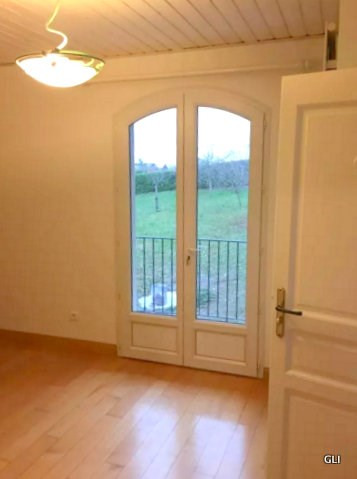 Location maison / villa Beynost 1 950€ CC - Photo 10