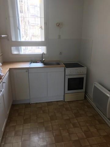 Verhuren  appartement Montigny le bretonneux 819€ CC - Foto 4
