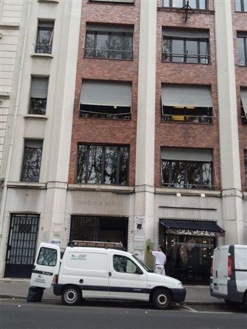 Location boutique Lyon 6ème 1464€ CC - Photo 1