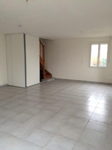 Location maison / villa Fraisses 760€ CC - Photo 2