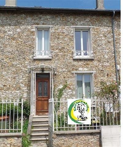 Sale house / villa Chateau thierry 158000€ - Picture 1