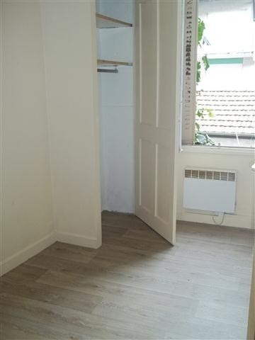 Location appartement Grenoble 323€ CC - Photo 1