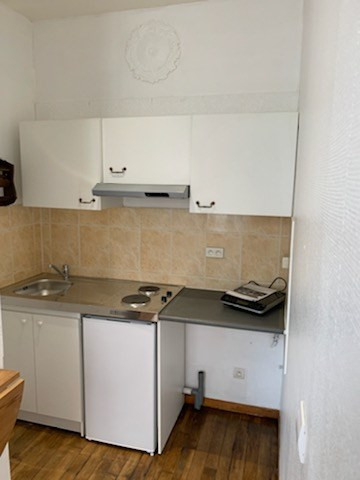 Location appartement Saint quentin 360€ CC - Photo 2