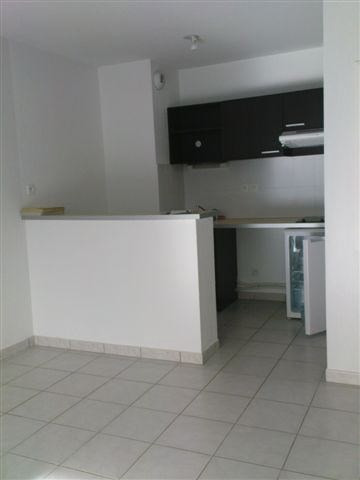 Rental apartment Pau 456€ CC - Picture 2