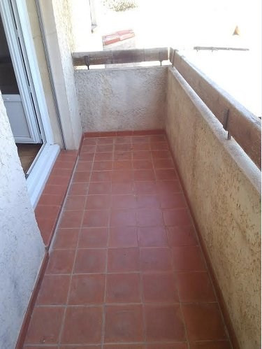 Location appartement St mitre les remparts 681€ CC - Photo 4