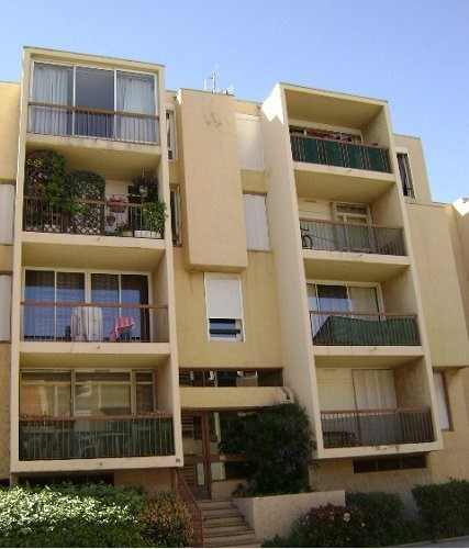 Location appartement Fos sur mer 770€ CC - Photo 1