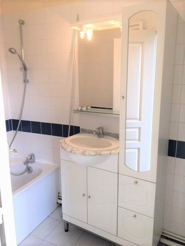 Location appartement Bu 535€ CC - Photo 4