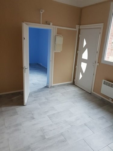 Location appartement Aumale 450€ CC - Photo 1