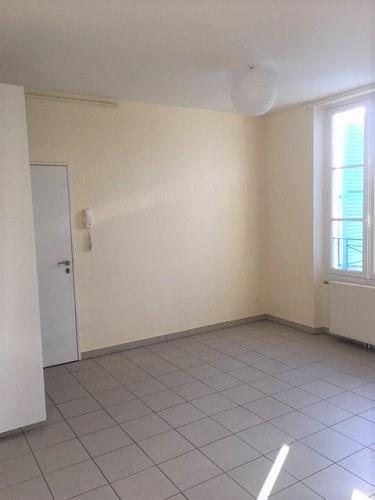 Locação apartamento Bu 705€ CC - Fotografia 6