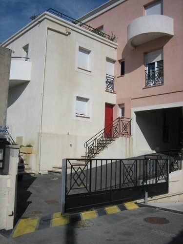 Rental apartment Martigues 610€ CC - Picture 1