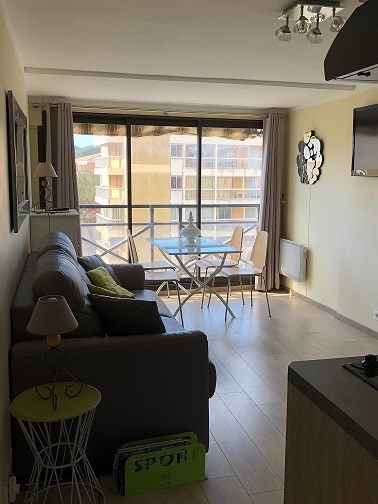 Short-term rental apartment Sainte-maxime 2 000€ - Picture 1