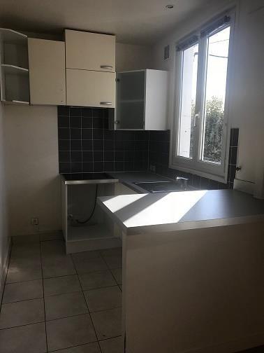 Sale building Montreuil 298000€ - Picture 3
