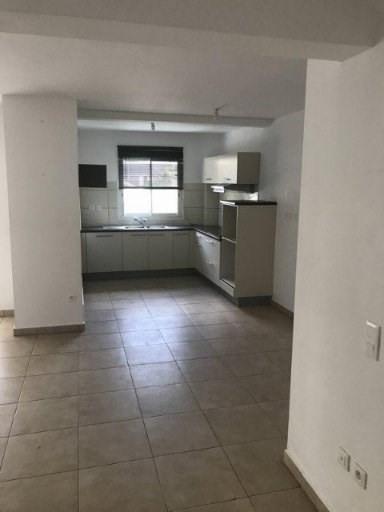 Location appartement Ste suzanne 873€ CC - Photo 3