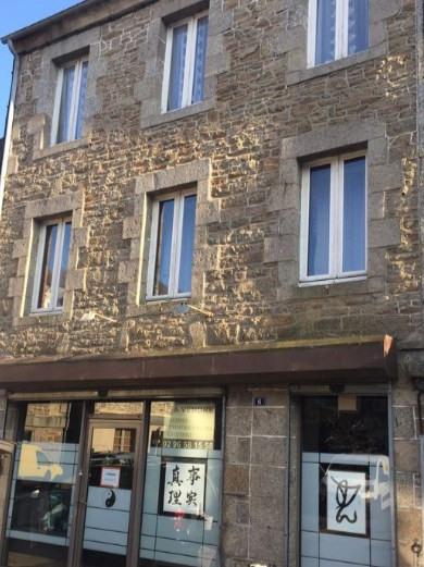Sale building Quintin 79700€ - Picture 1