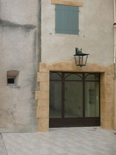 Rental house / villa Lambesc 958€ CC - Picture 1