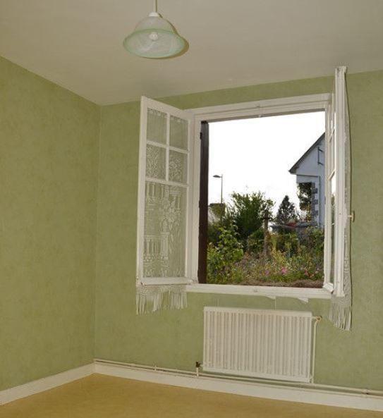 Sale house / villa Saint nicolas du pelem 26500€ - Picture 4