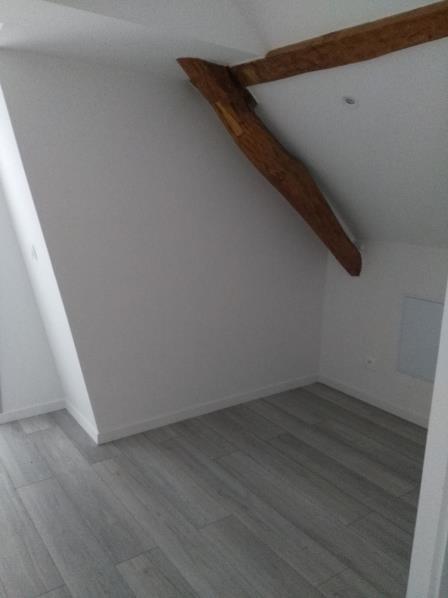 Rental apartment Henonville 830€ CC - Picture 5