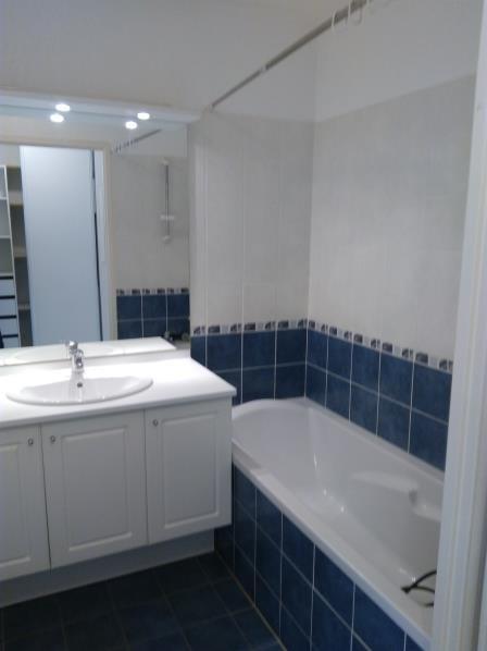 Sale apartment Le luc 120000€ - Picture 4