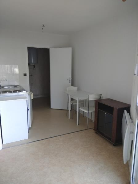 Location appartement Vendome 300€ CC - Photo 2