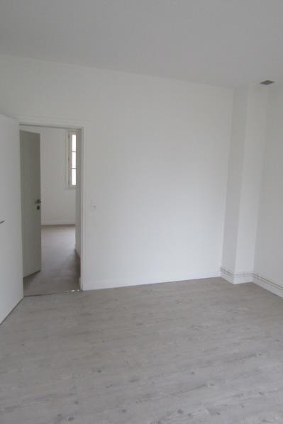Location appartement Pontoise 530€ CC - Photo 2