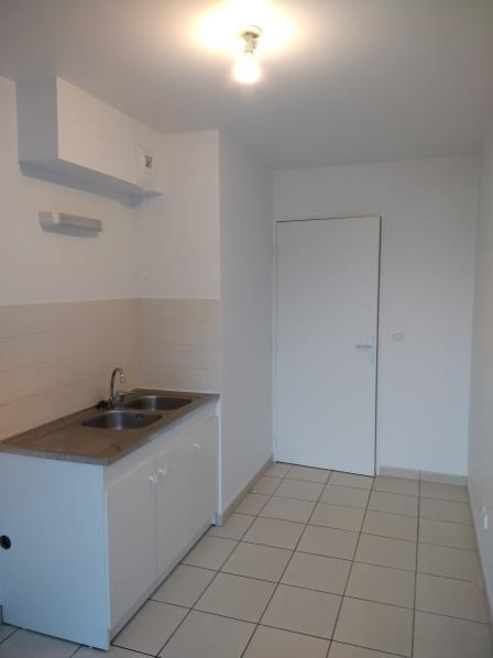 Rental apartment Vendome 596€ CC - Picture 4
