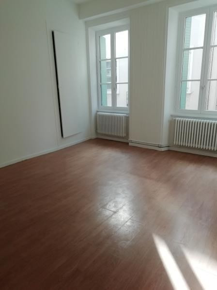 Rental apartment Tournon-sur-rhone 500€ CC - Picture 2