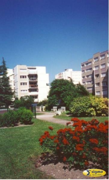 Sale apartment Chatou 277000€ - Picture 2