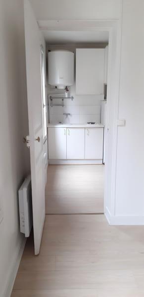 Alquiler  apartamento Paris 18ème 880€ CC - Fotografía 5